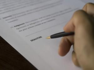 Aufhebungsvertrag Sperrzeit Verzicht Auf Kündigungsschutz Anfechtung