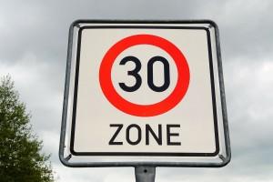 Anwalt Geschwindigkeitsüberschreitung Verkehrsrecht